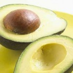 アボカドの栄養効能|アボカドの種の食べ方と種茶の効果