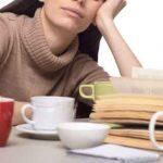 仕事中眠いとき眠気覚ましツボで即効対策|眠気覚ましグッズも効果的!